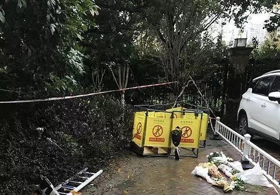 杭州孕妇坠井地为化粪池!物业对小区设施管养和停车管理不到位